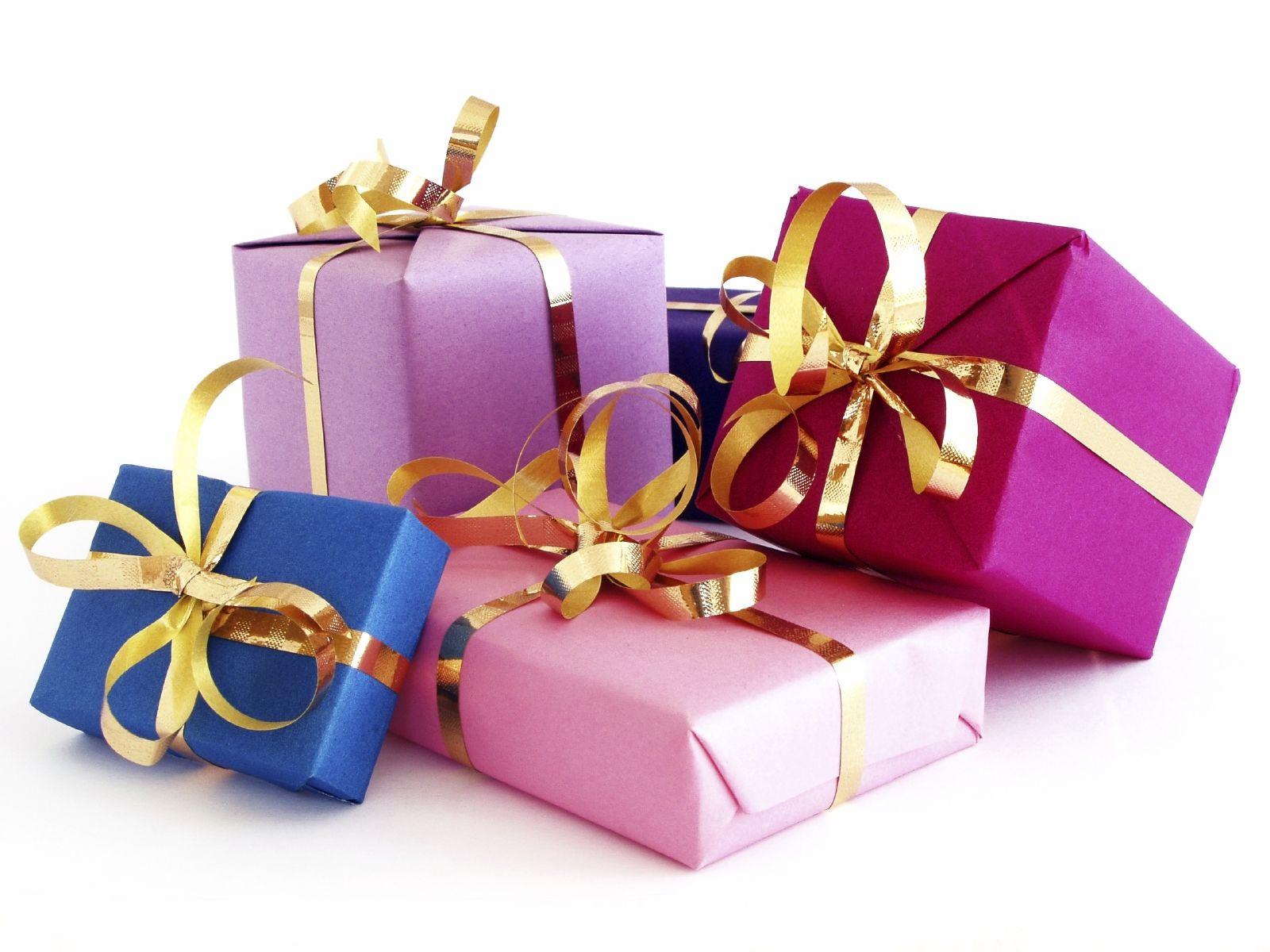 вышивка в подарок