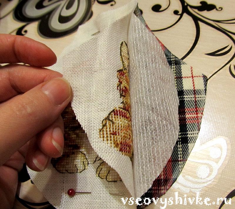 Вышивка крестом фартучки для бутылки