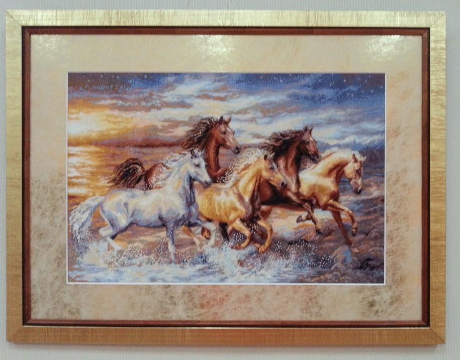 набор для вышивания-лошади-прав